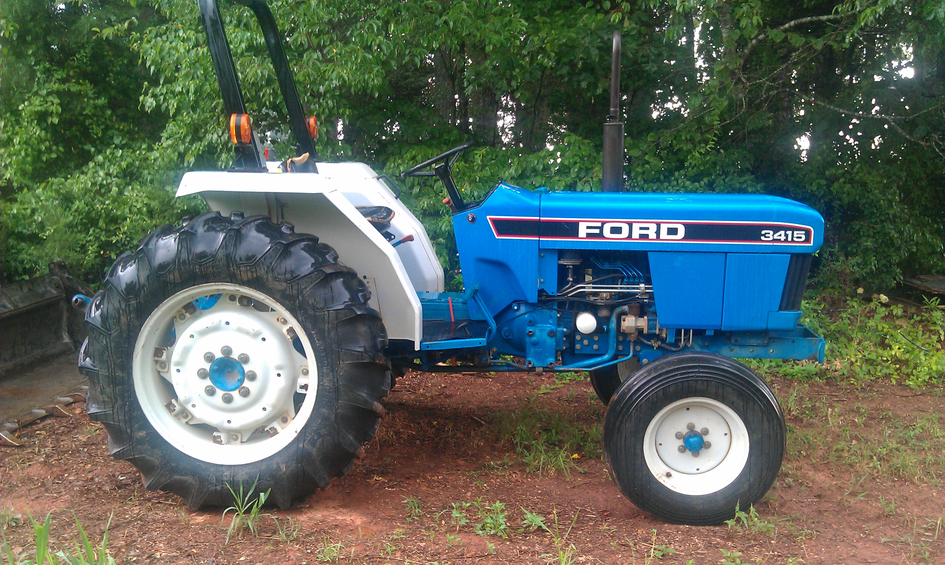 Ford tractor photo - 7