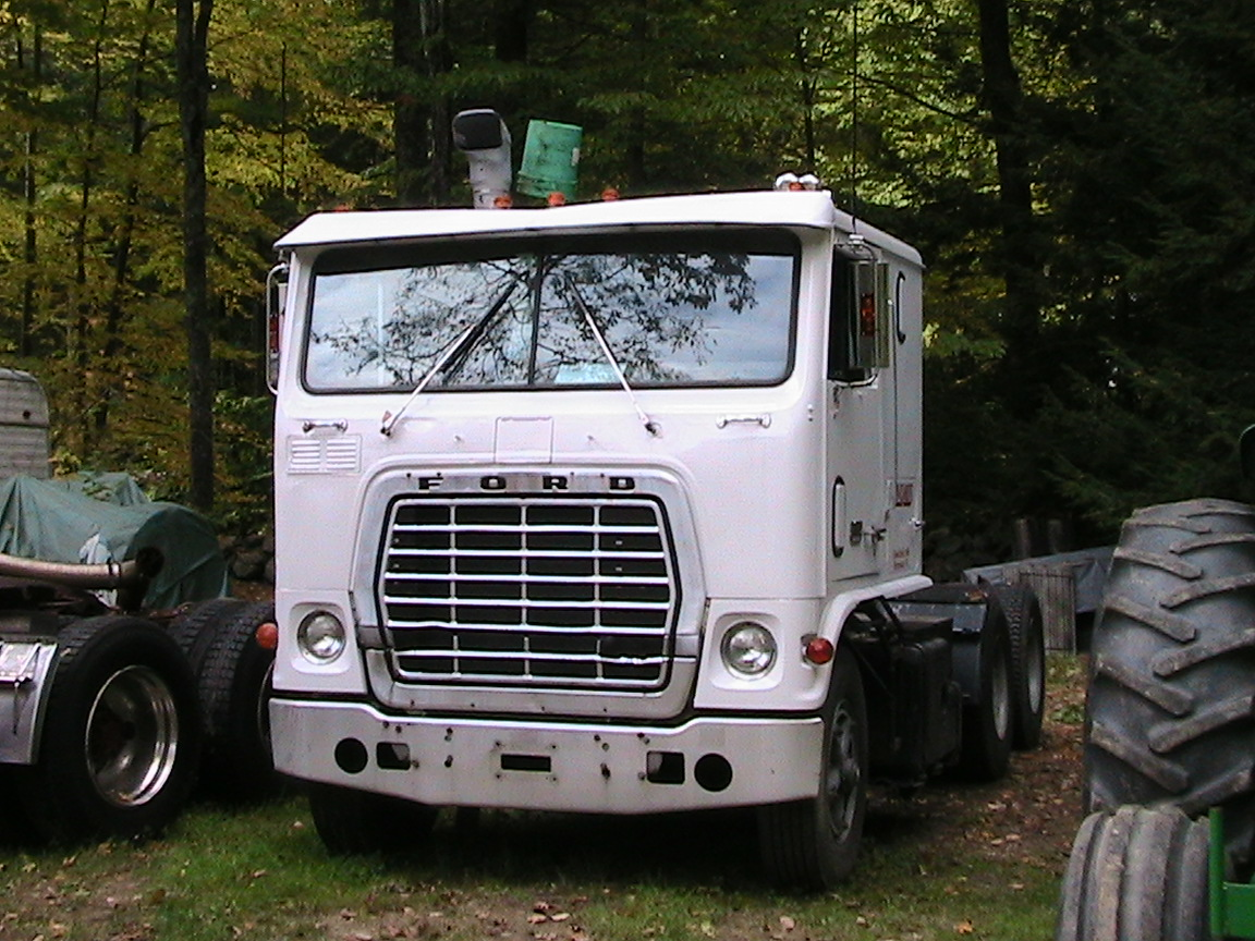 Ford w-9000 photo - 5