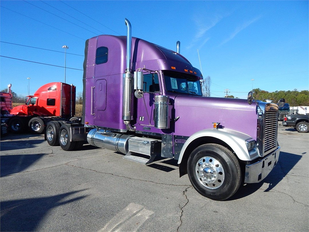 Freightliner classic photo - 10