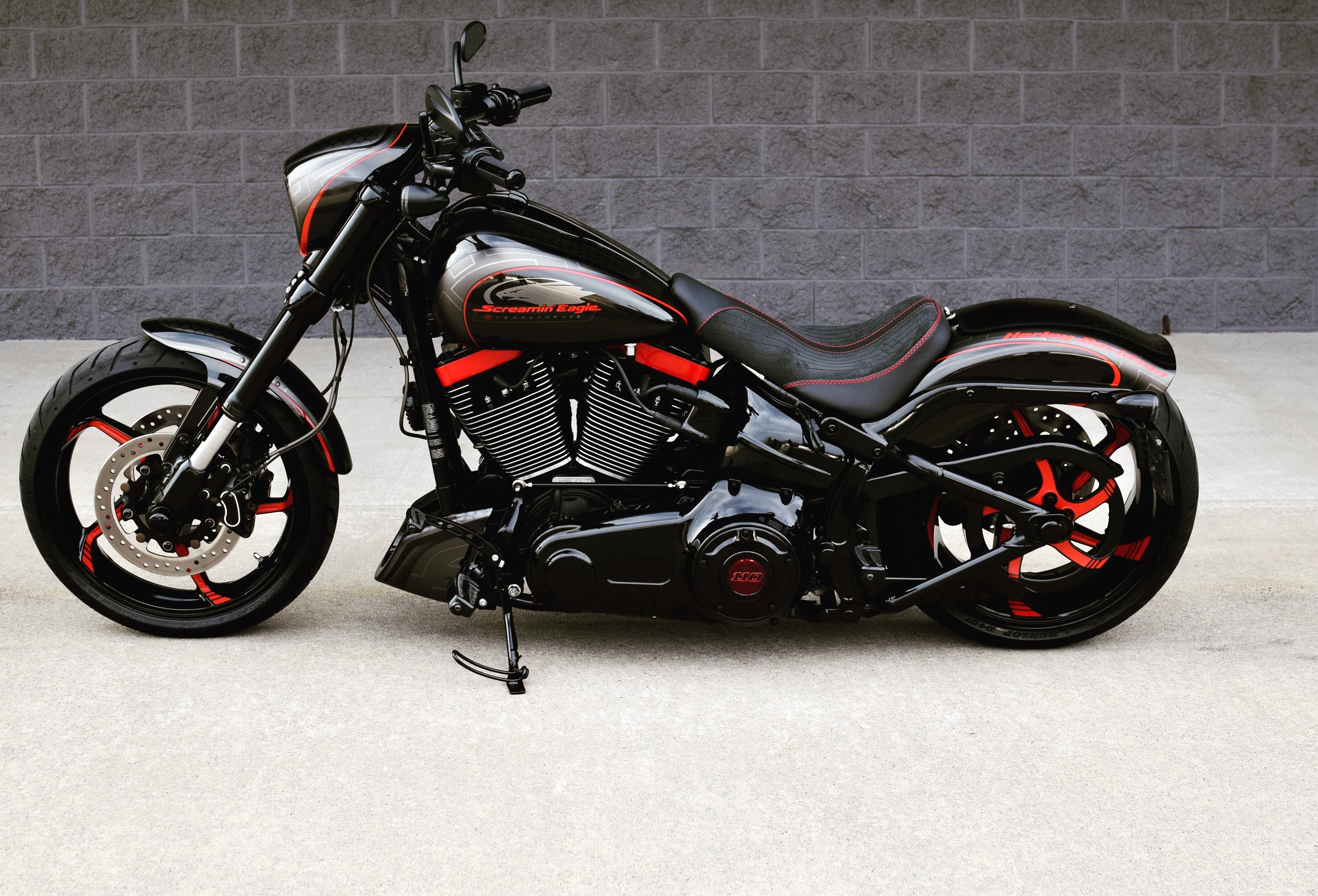 Harley-davidson custom photo - 2