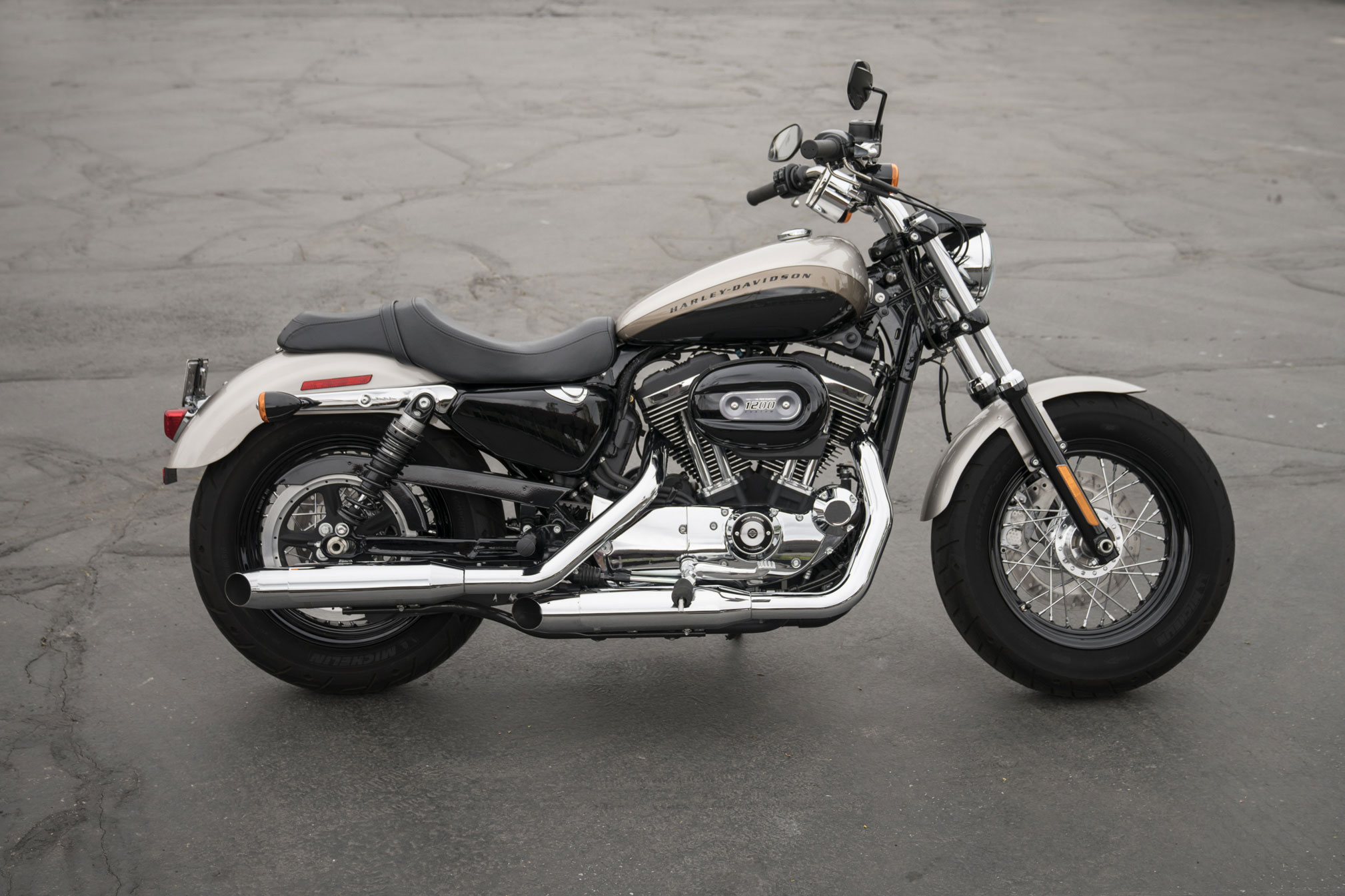 Harley-davidson custom photo - 6
