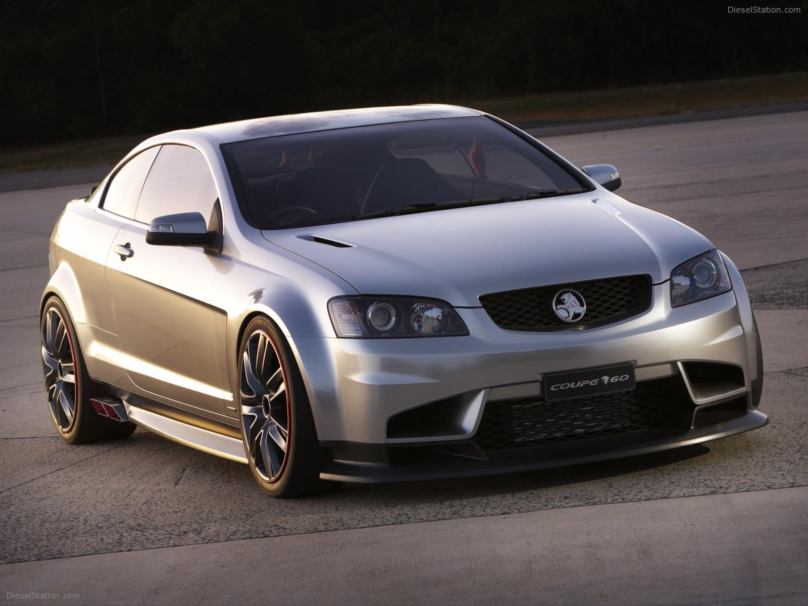 Holden coupe photo - 3