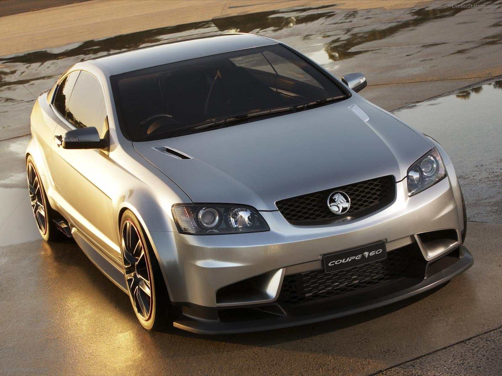 Holden coupe photo - 8