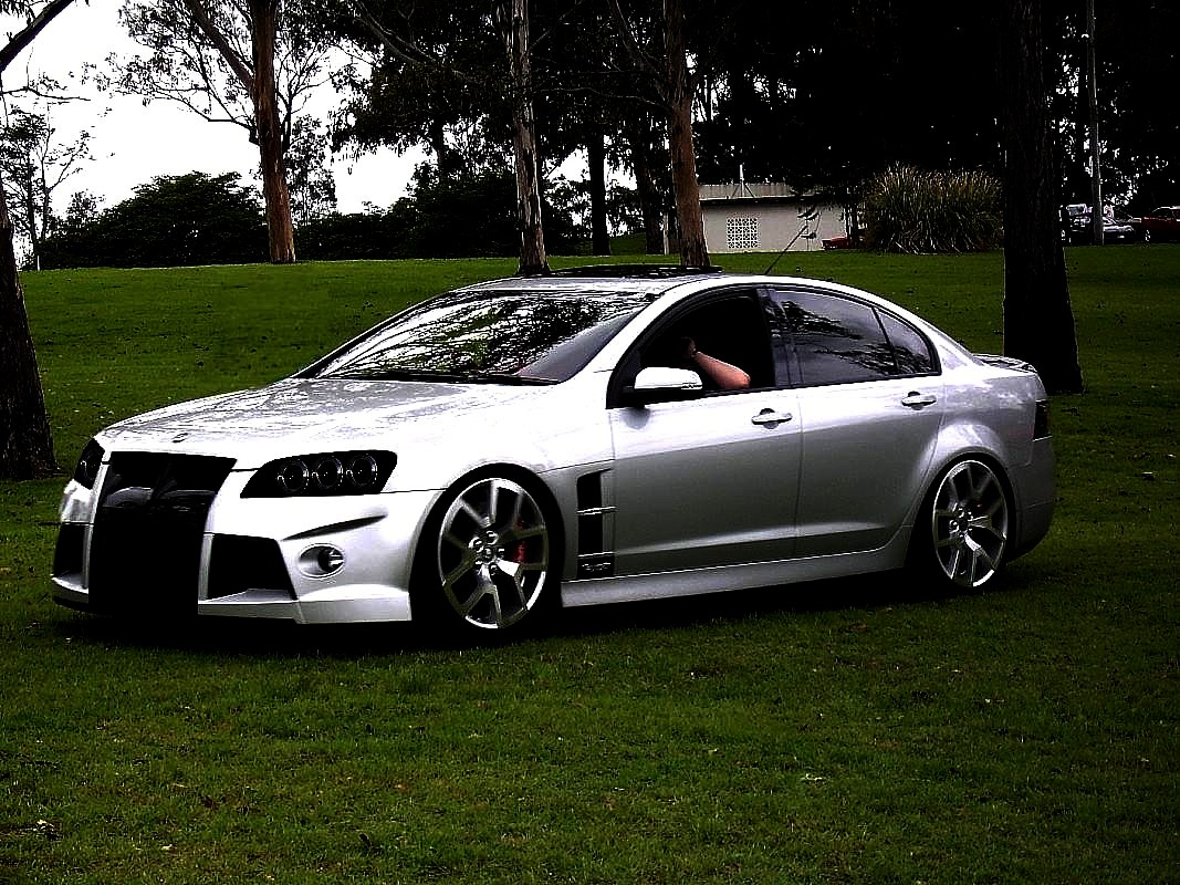 Holden hsv photo - 8
