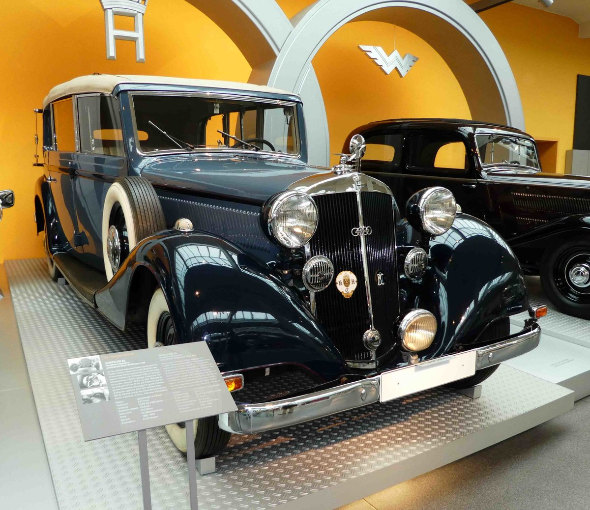 Horch 830bl photo - 2