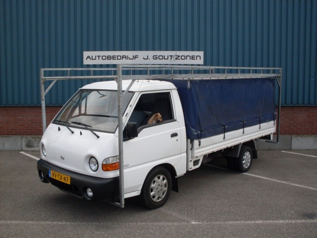 Hyundai h150 photo - 4