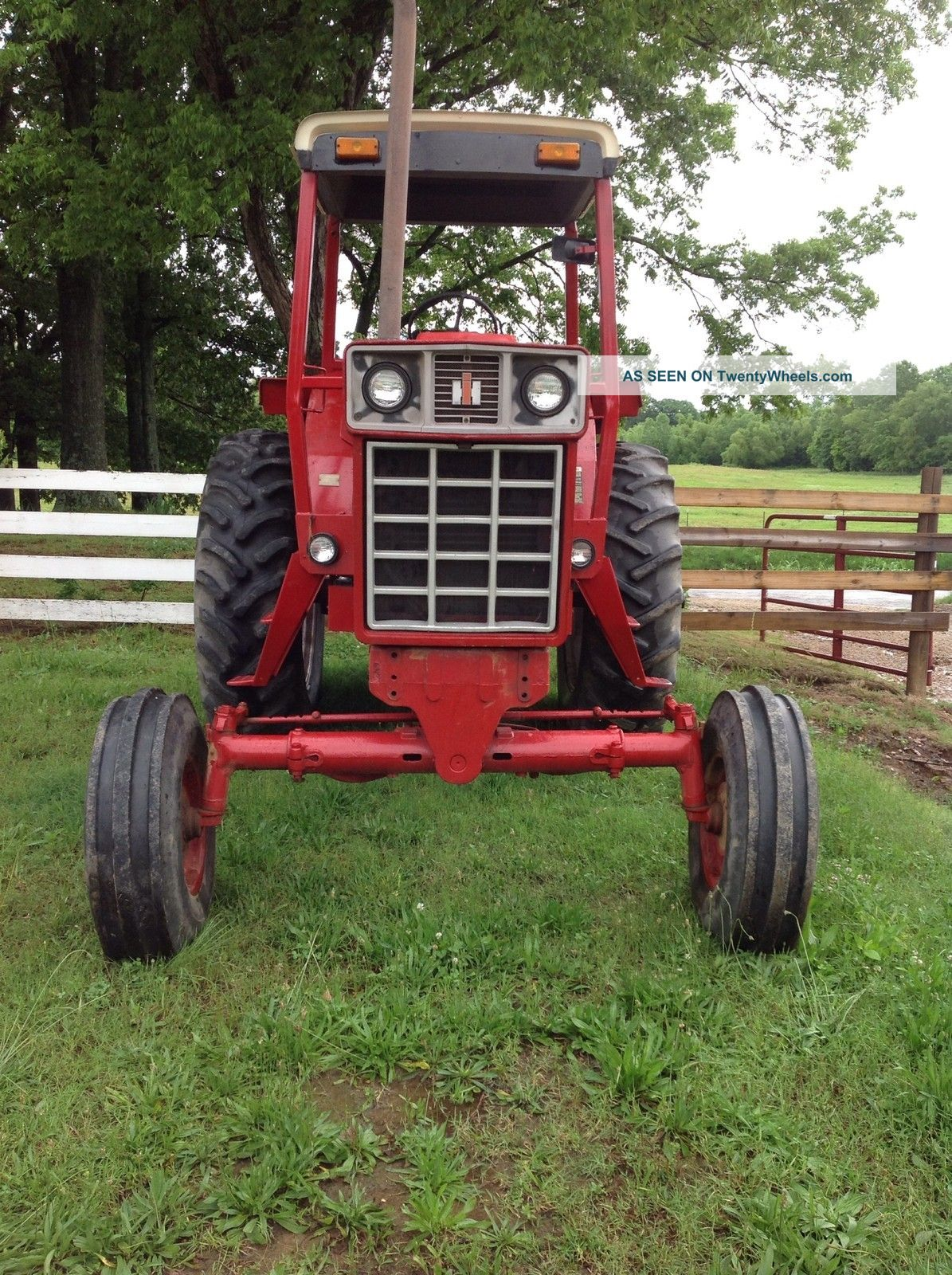 International harvester c photo - 3