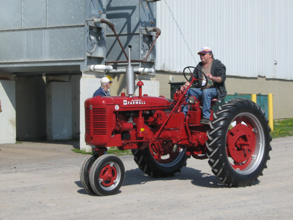 International harvester c photo - 5