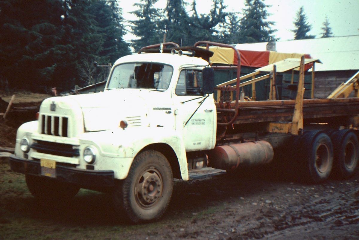 International harvester r-series photo - 2