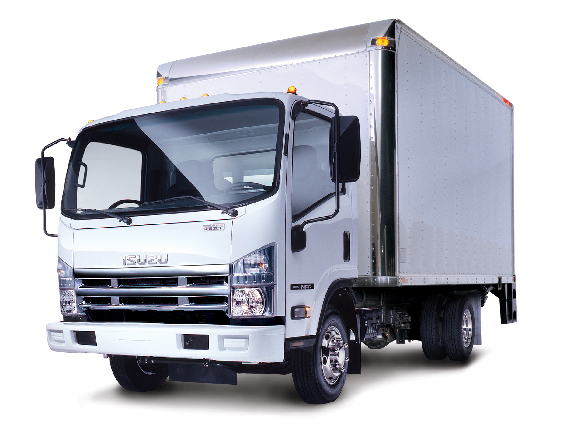 Isuzu n-series photo - 3