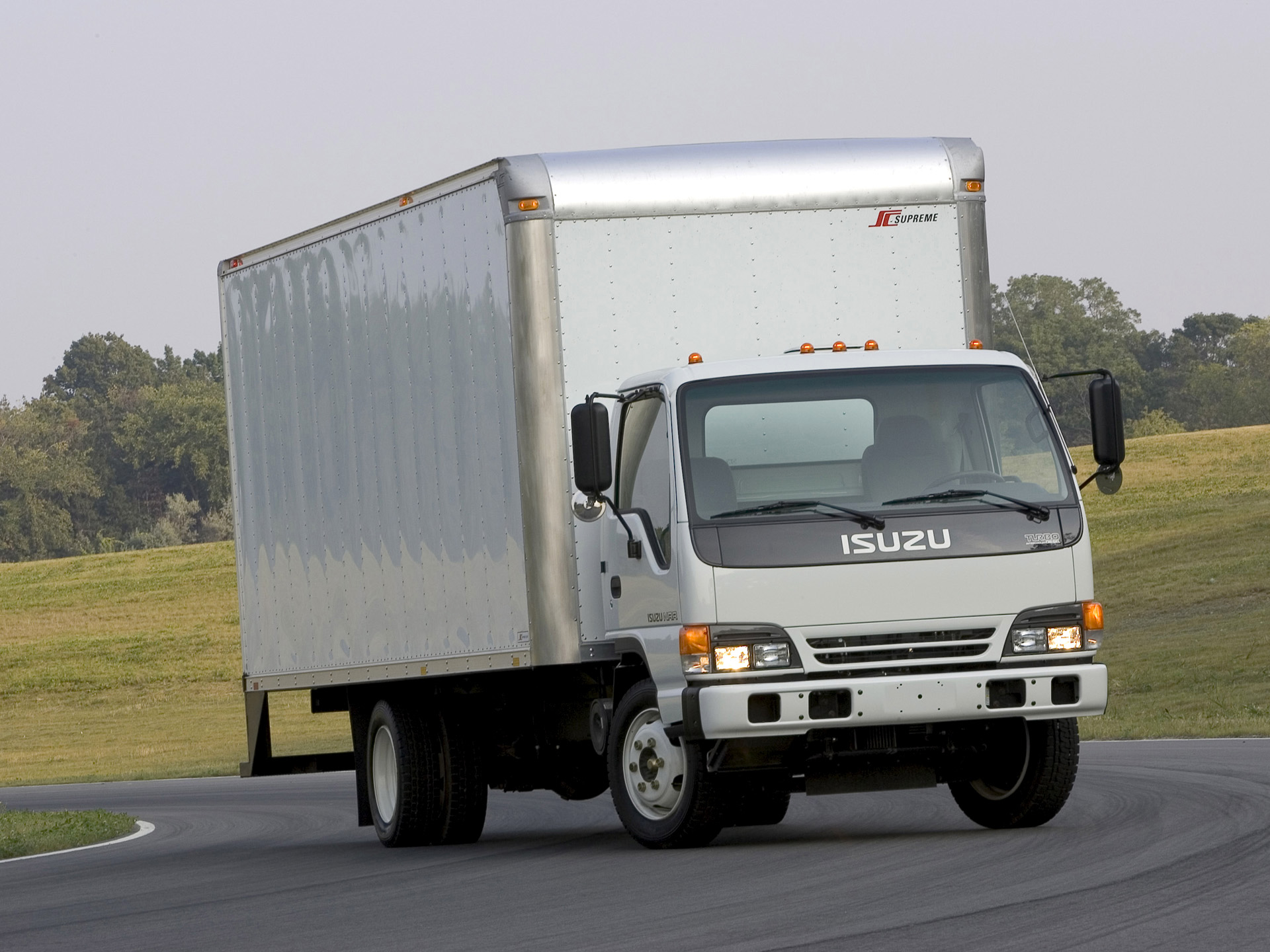 Isuzu n-series photo - 7