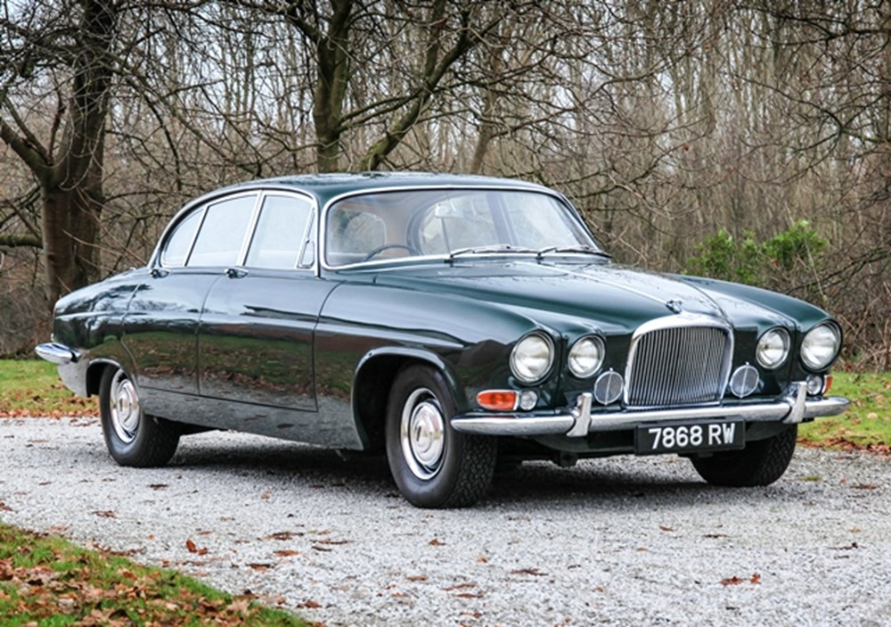Jaguar mk.x photo - 10