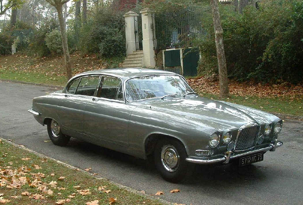 Jaguar mk.x photo - 4
