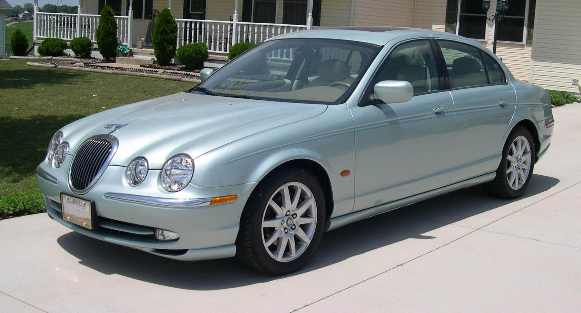 Jaguar s-type photo - 7