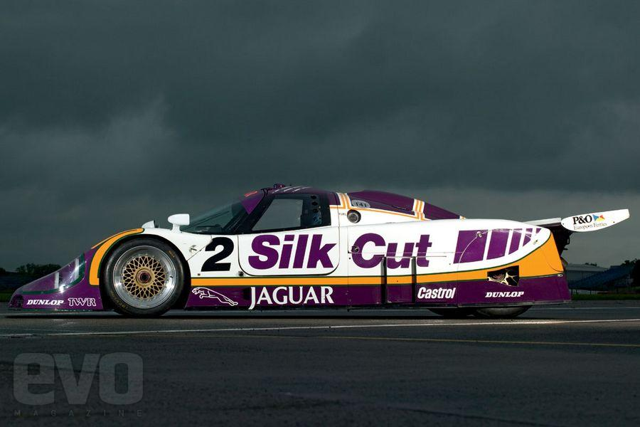 Jaguar xjr-9 photo - 9