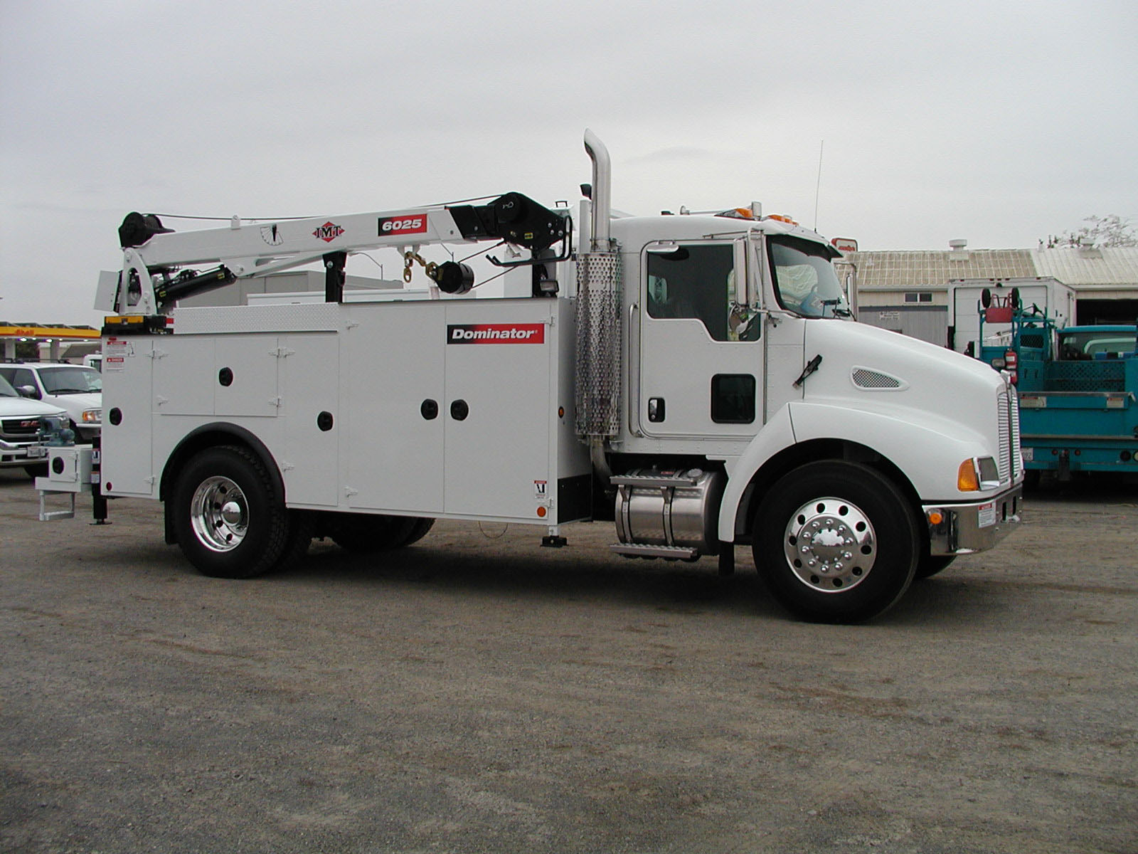 Kenworth t-300 photo - 1