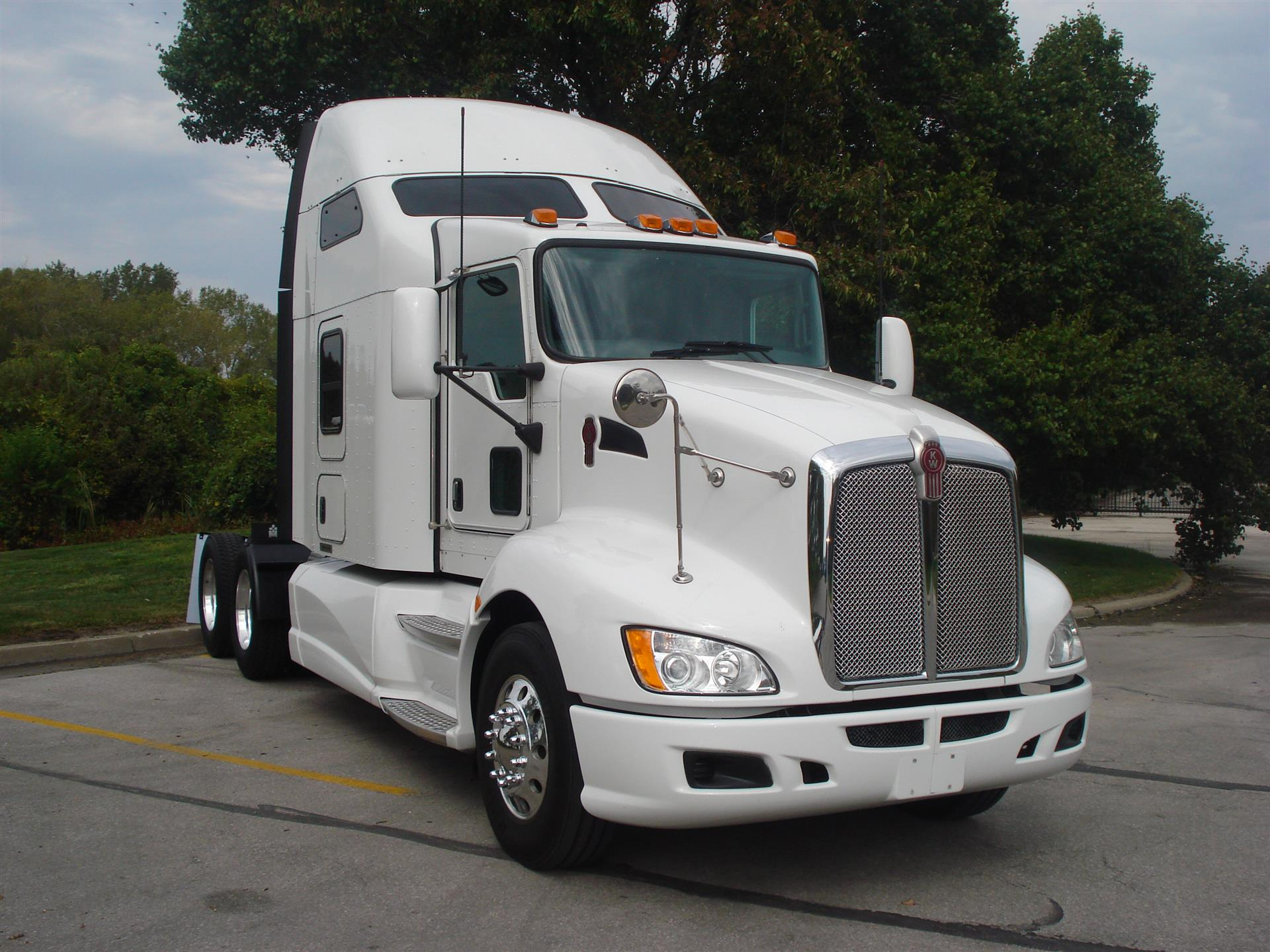 Kenworth t-660 photo - 4