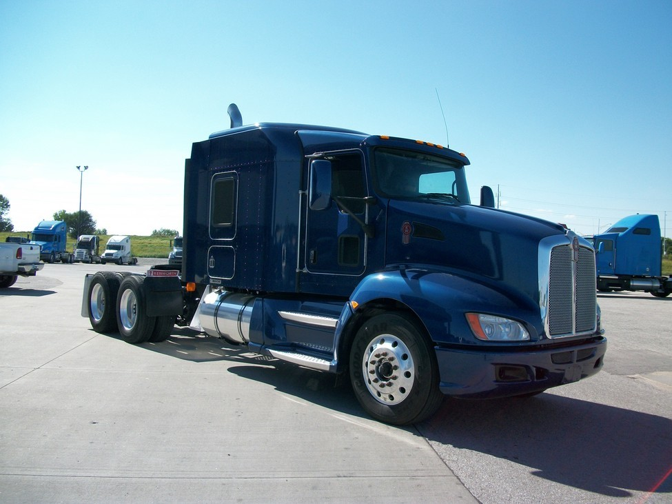 Kenworth t-660 photo - 6