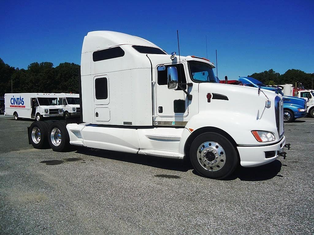 Kenworth t-660 photo - 8