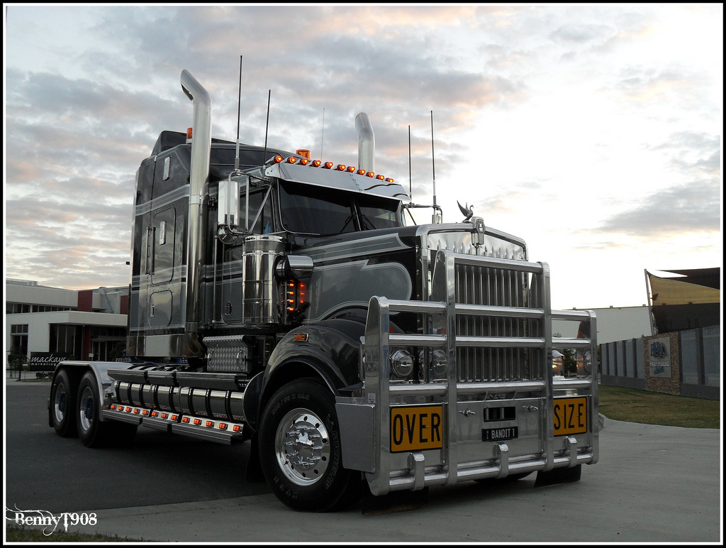 Kenworth t-908 photo - 1