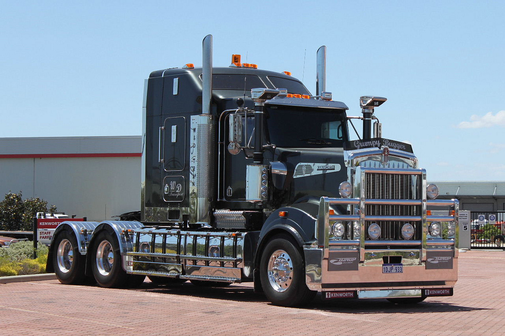 Kenworth t-908 photo - 4