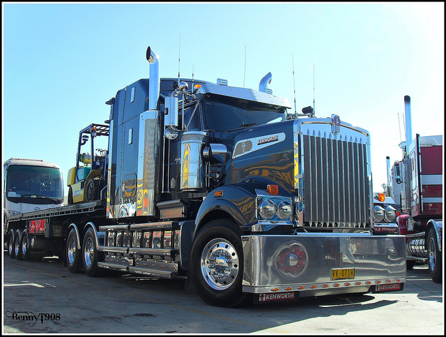 Kenworth t-908 photo - 9