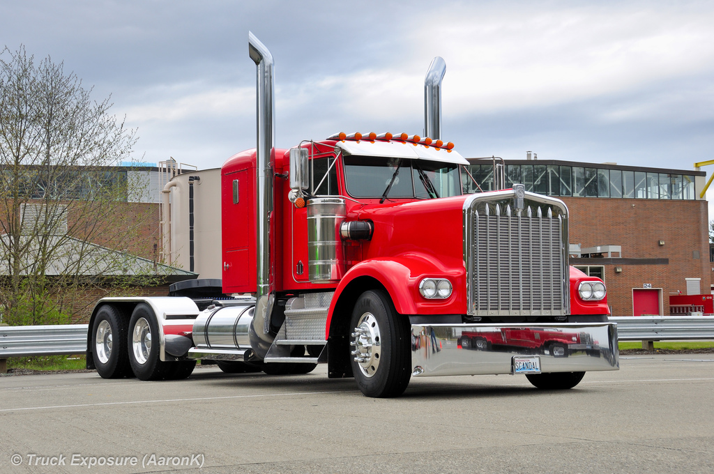 Kenworth w900a photo - 10