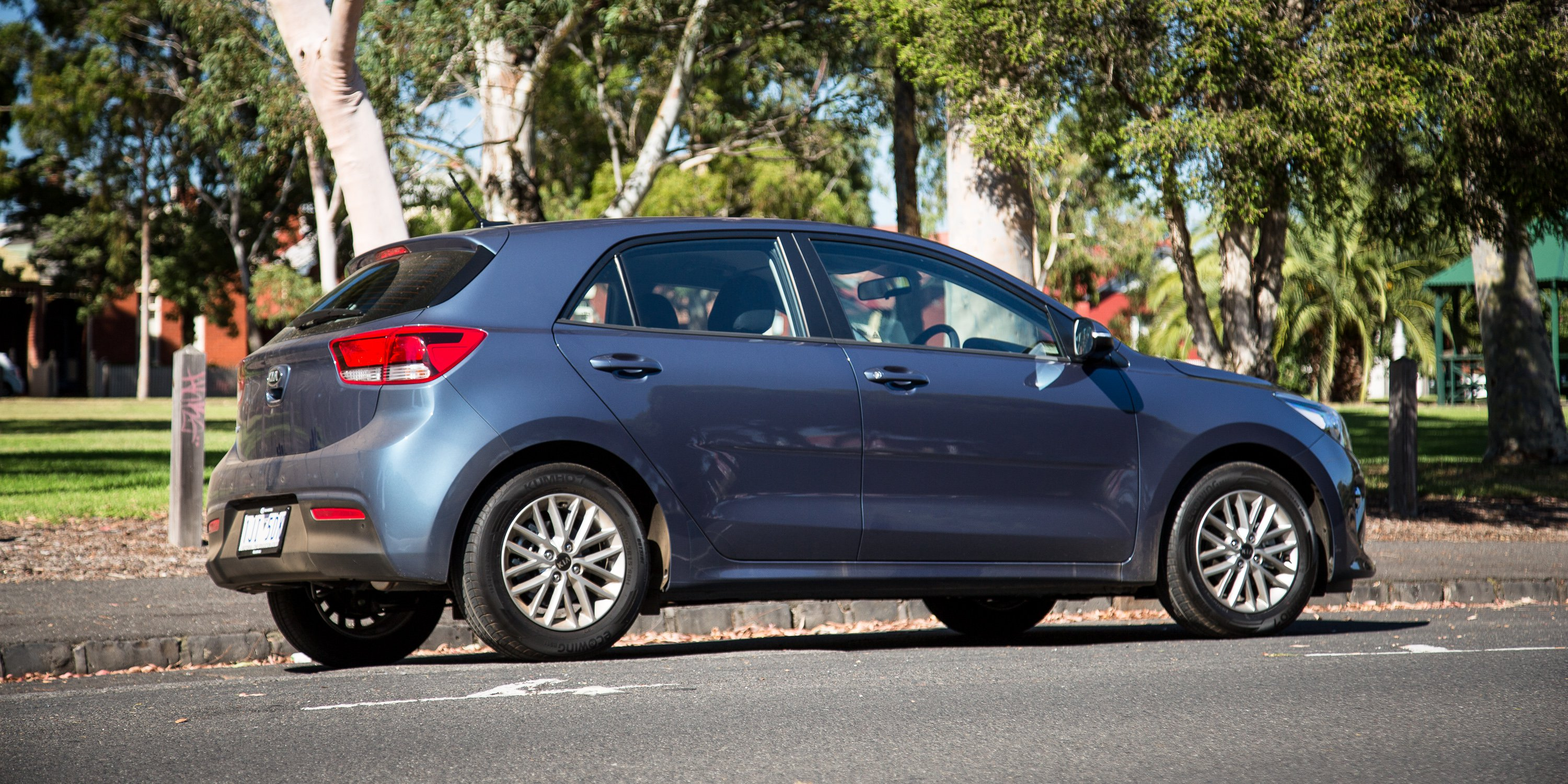 Kia rio photo - 3