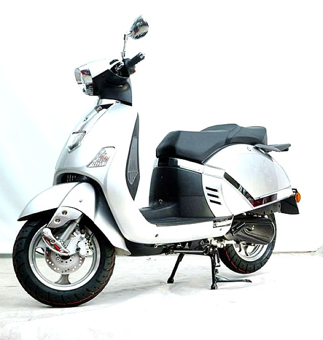 Lambretta pato photo - 2