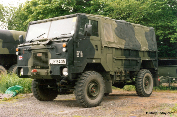 Land-rover 101 photo - 10