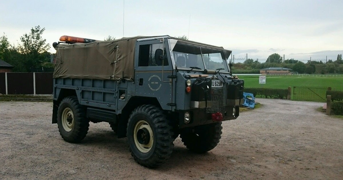 Land-rover 101 photo - 6