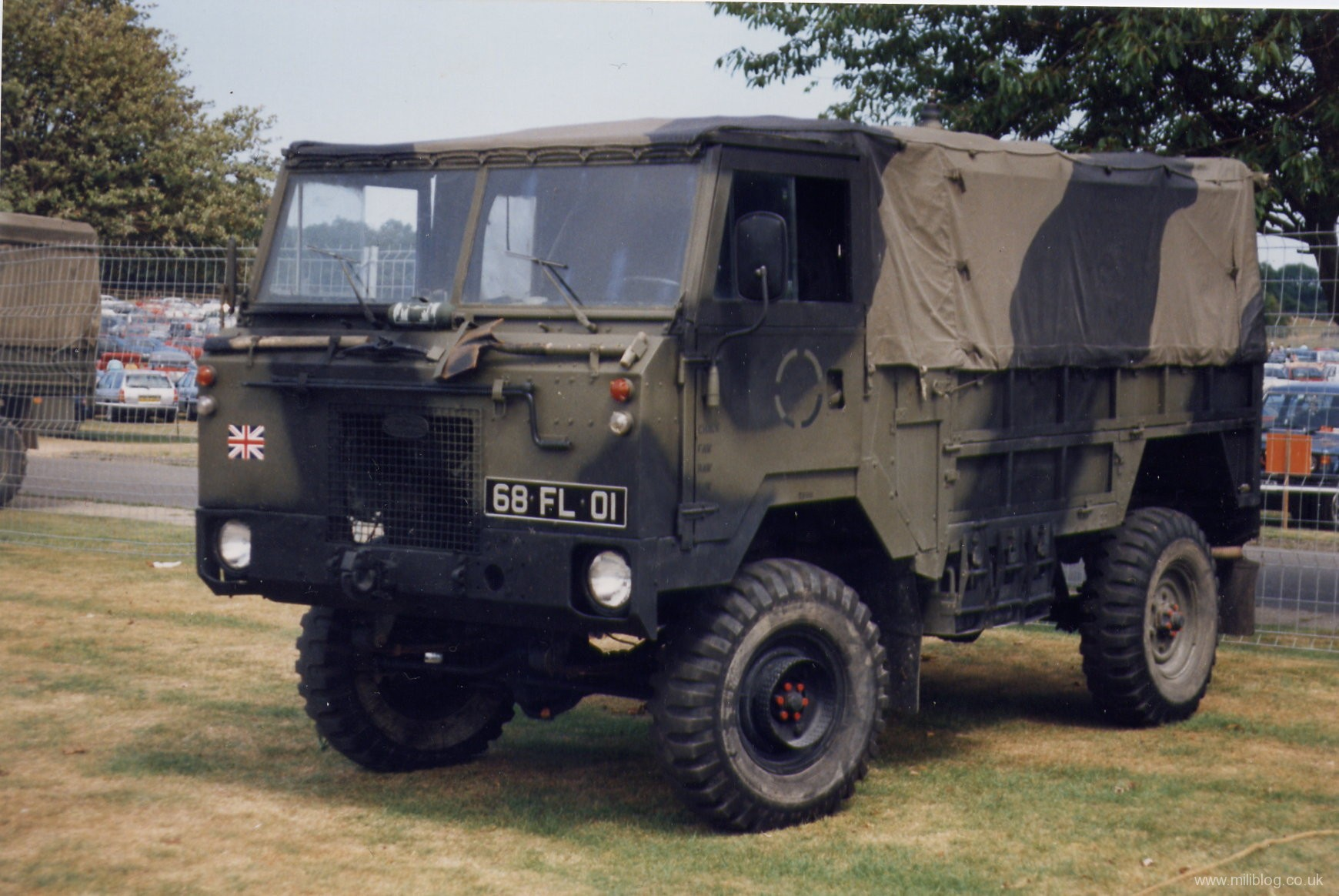 Land-rover 101 photo - 7
