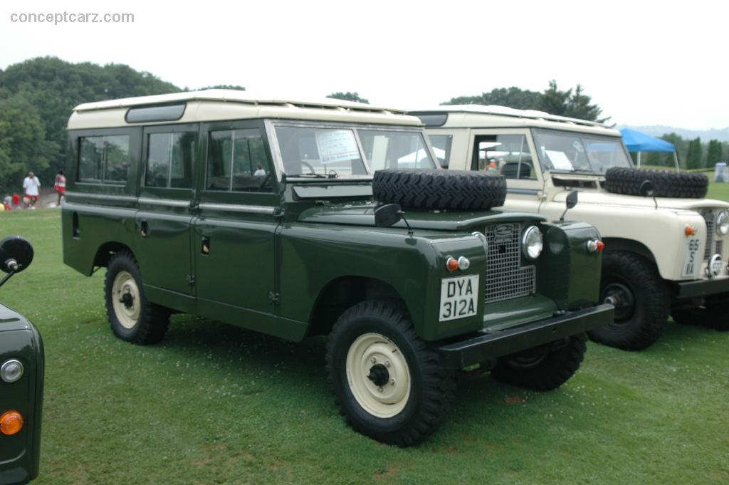 Land-rover 109 photo - 10