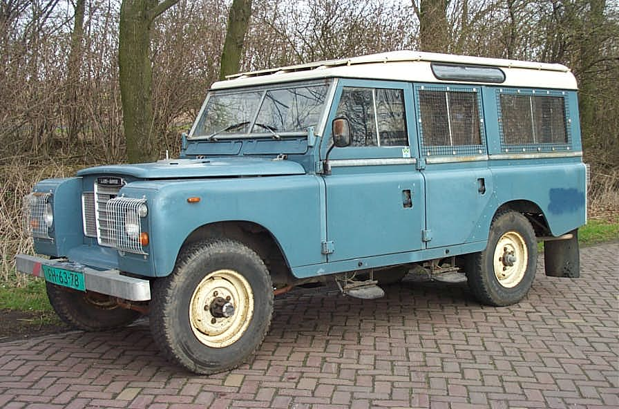 Land-rover 109 photo - 8
