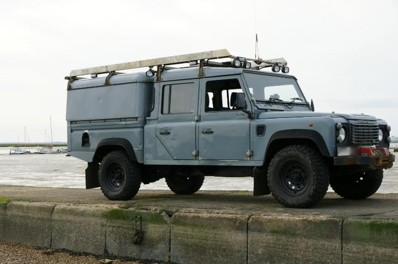Land-rover 130 photo - 6