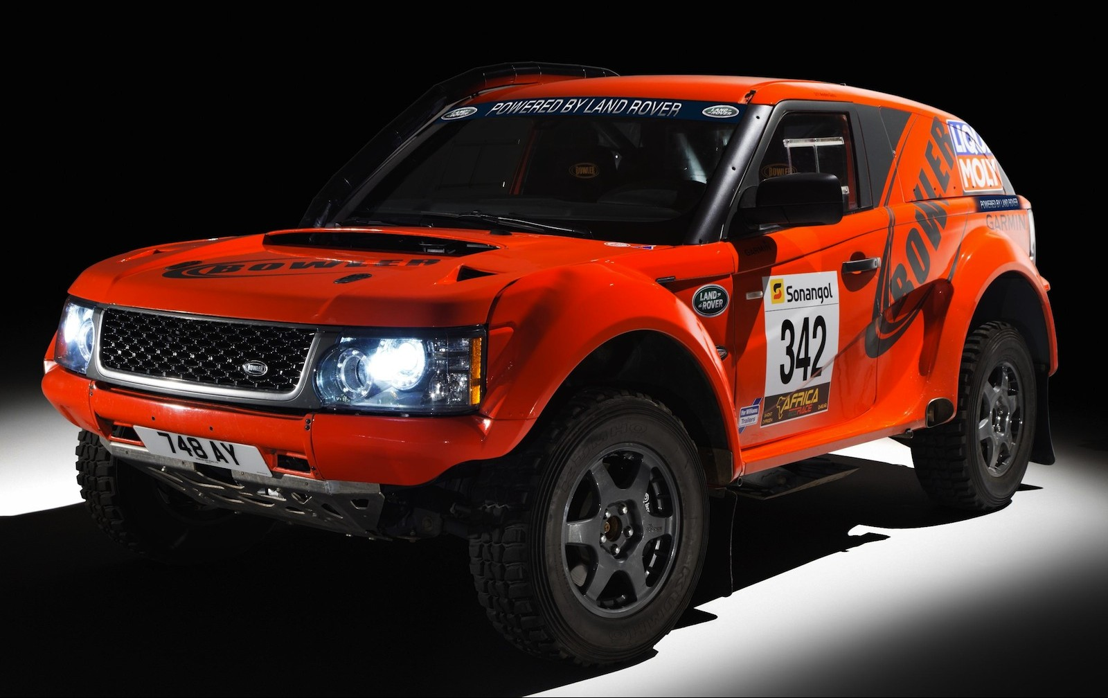 Land rover bowler photo - 2
