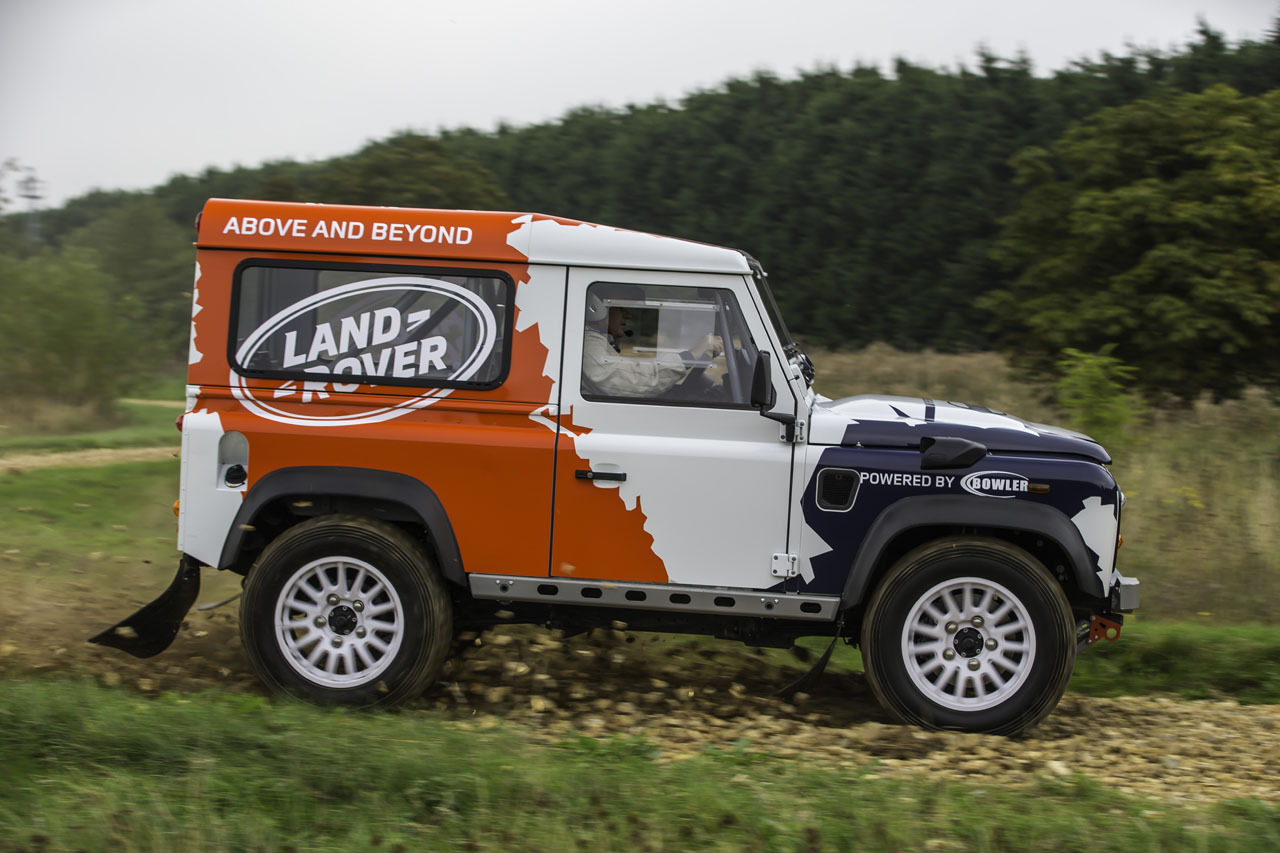 Land rover bowler photo - 4