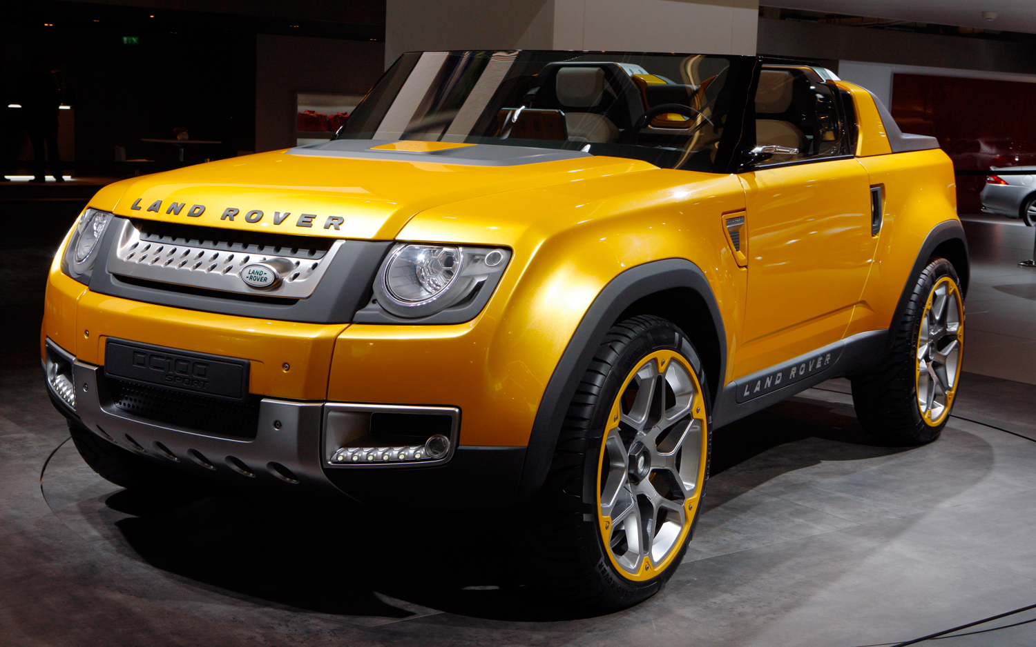 Land rover concept photo - 2