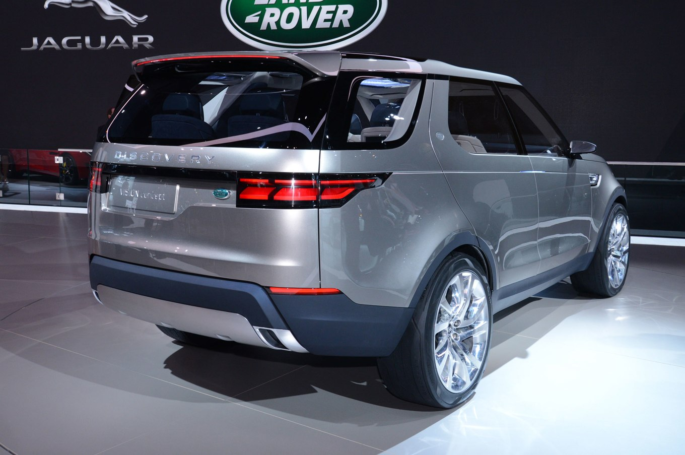 Land rover concept photo - 7