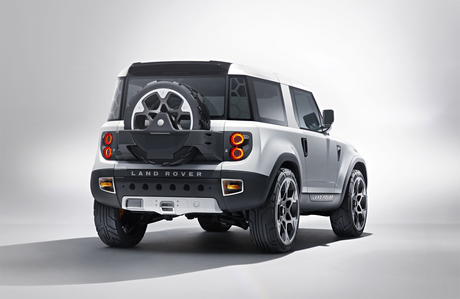 Land rover concept photo - 9