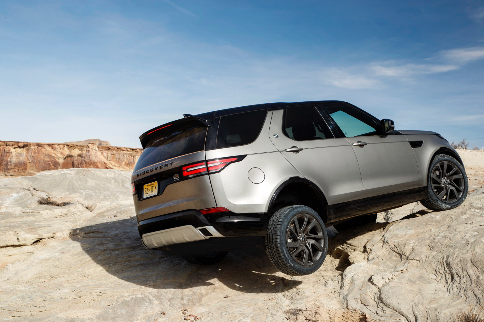 Land rover discovery photo - 3
