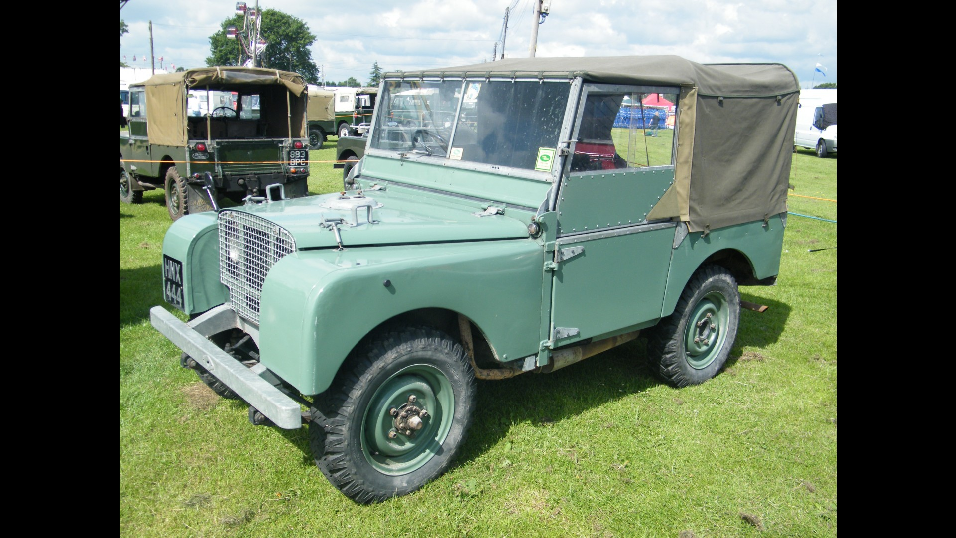 Land-rover one photo - 10