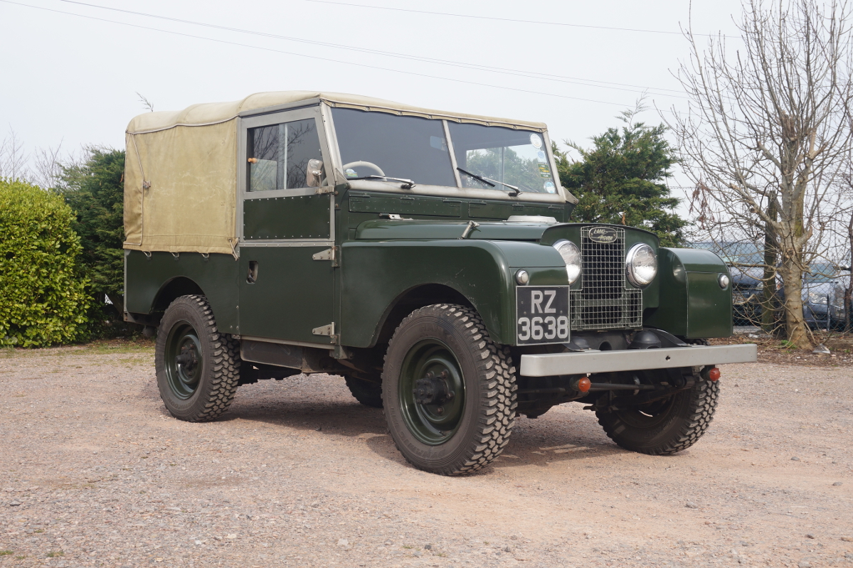Land-rover one photo - 2