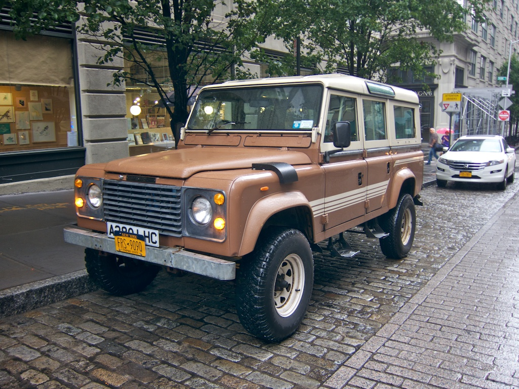 Land rover one-ten photo - 6