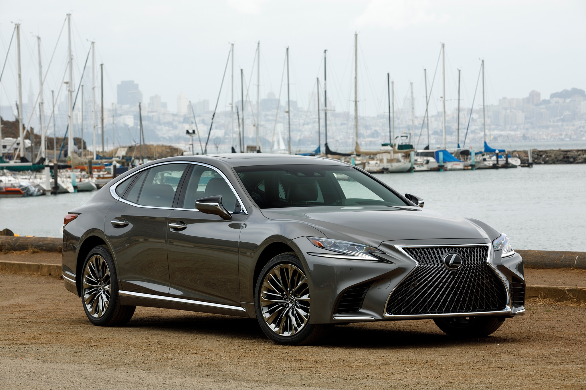 Lexus ls photo - 7