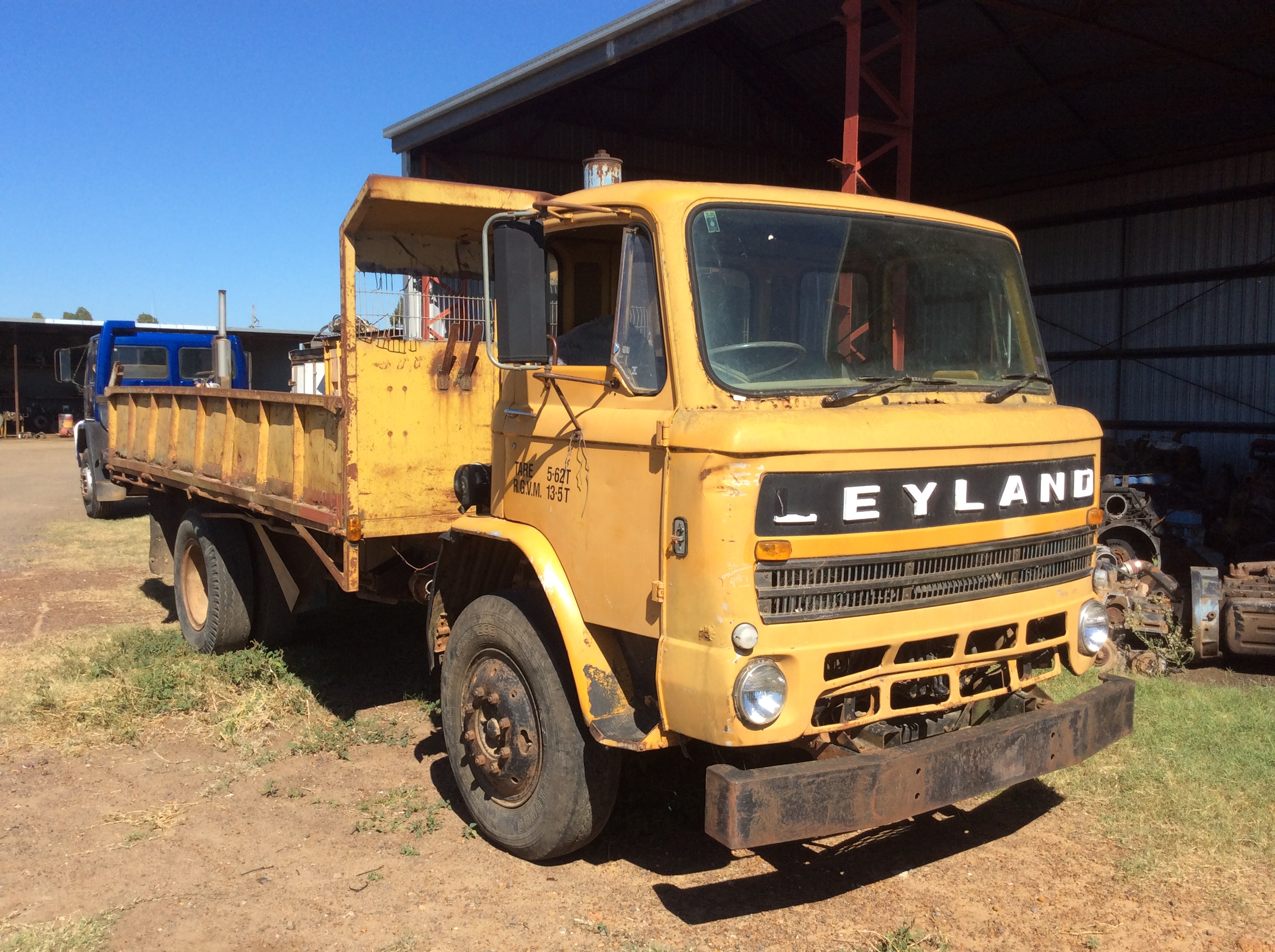 Leyland boxer photo - 1