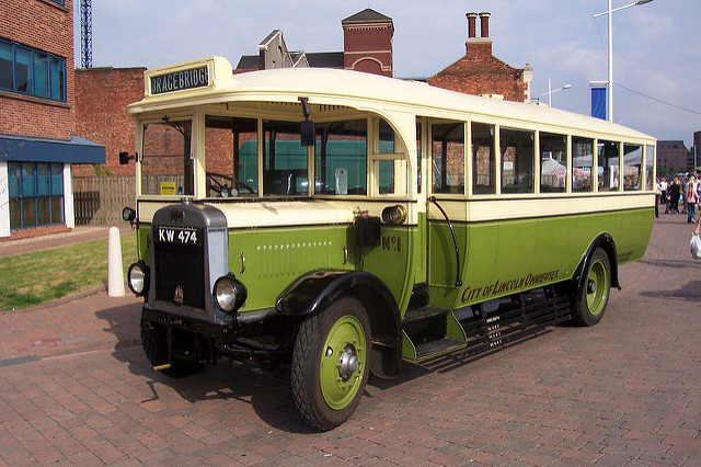 Leyland lion photo - 6