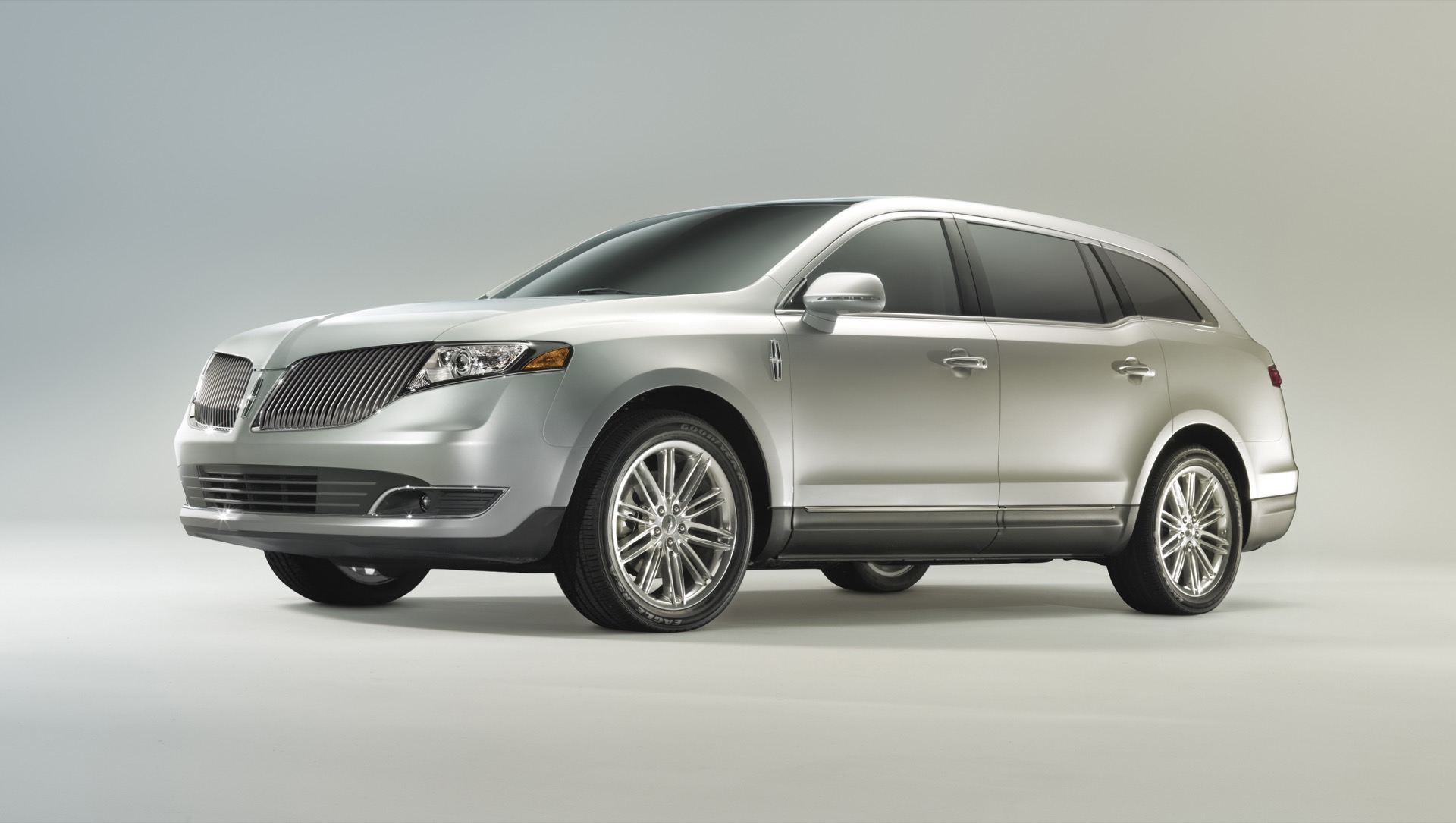 Lincoln mkt photo - 5