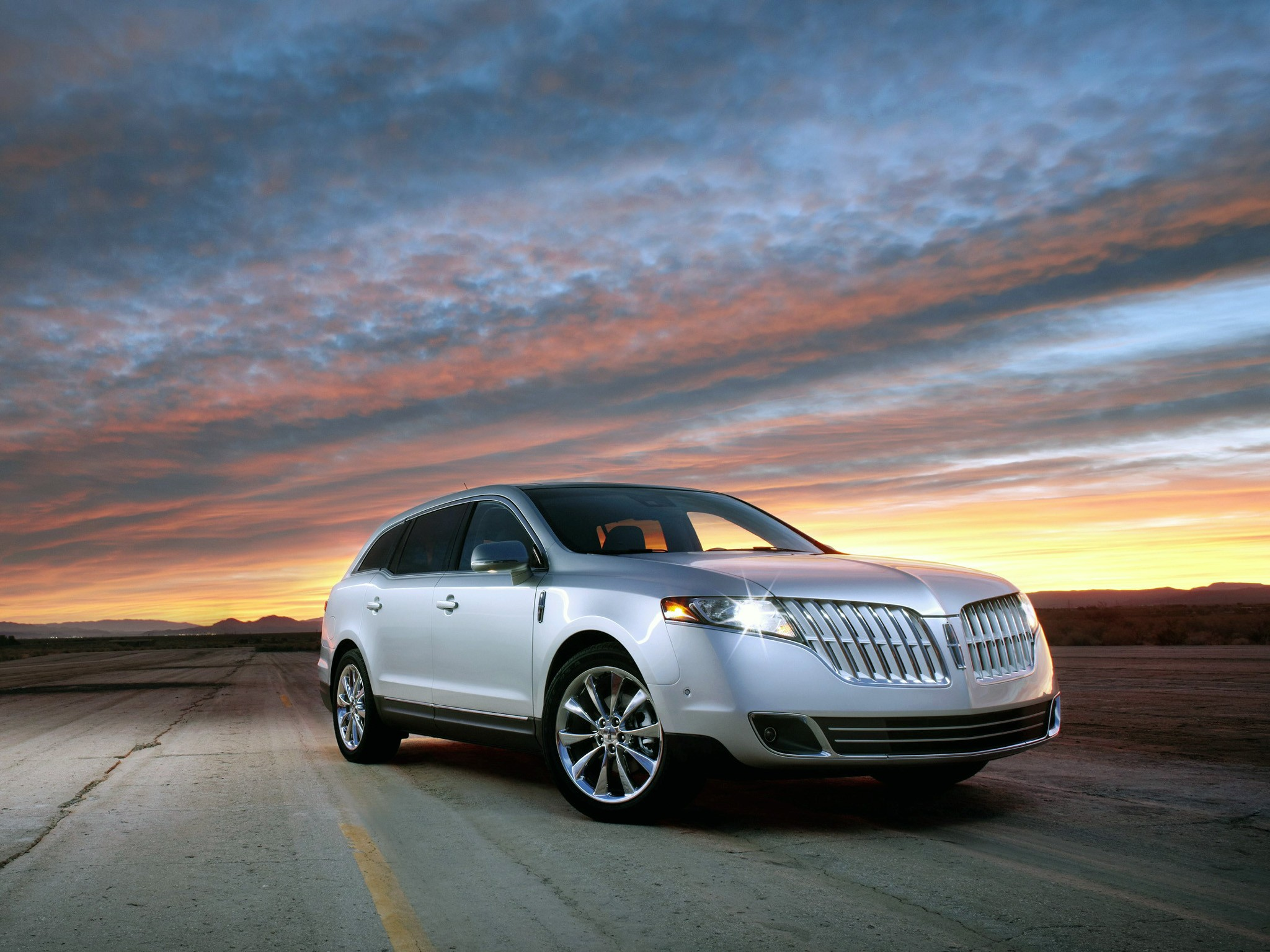 Lincoln mkt photo - 7