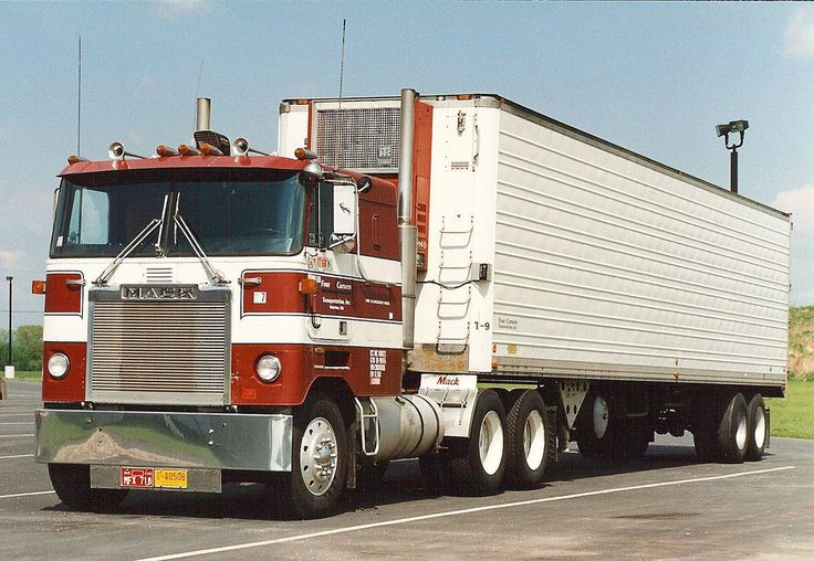 Mack cabover photo - 9